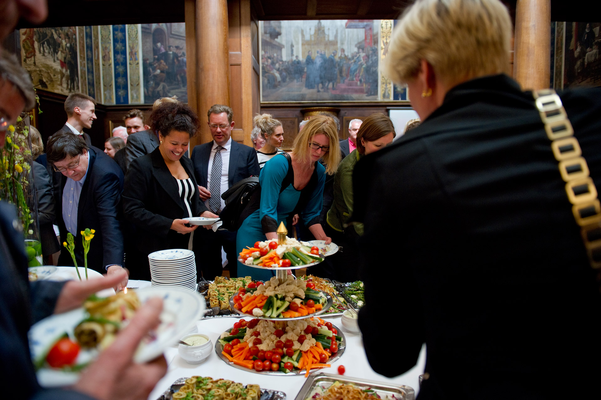 people at the buffet at a Kierkegaard Symposium in Copenhagen University