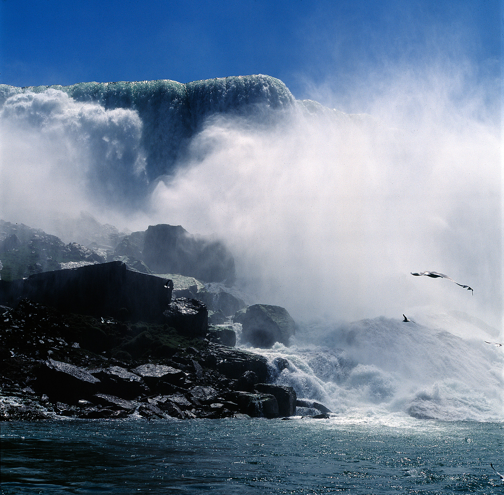 Niagara Falls is is amazing for a landscape photographer
